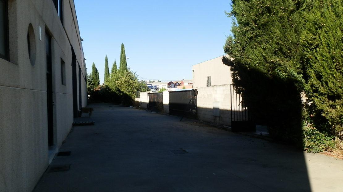 patio 1 2